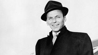 Perhiasan Frank Sinatra Dilelang di New York