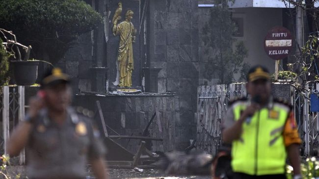 PGI Imbau Bom Gereja Surabaya Tak Dipolitisasi