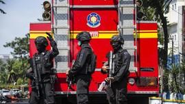Tim Penjinak Ledakkan Bom Tersisa di GKI Diponegoro