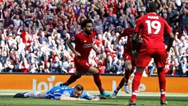 FOTO: Keseruan Hari Terakhir Liga Inggris 2018