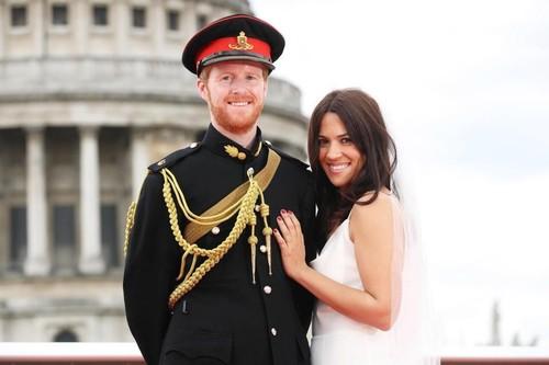 Pasangan Ini Menang Kontes Mirip Meghan Markle dan Pangeran Harry