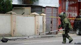 Gegana Ledakkan Benda Diduga Bom di Gerbang Tol Sidoarjo