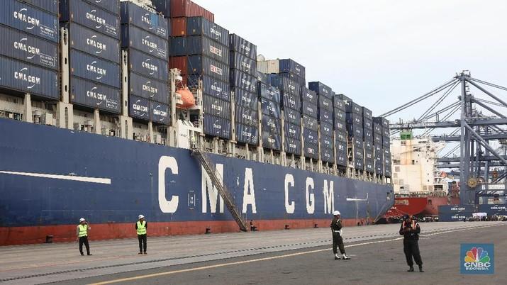 Ekspor RI Jeblok, Menperin Salahkan Perang Dagang