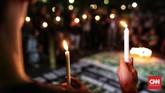 Aksi digelar sebagai bentuk belasungkawa terhadap para korban bom bunuh diri teroris di beberapa tempat Surabaya dan korban tewas di Mako Brimob. (CNN Indonesia/Andry Novelino)
