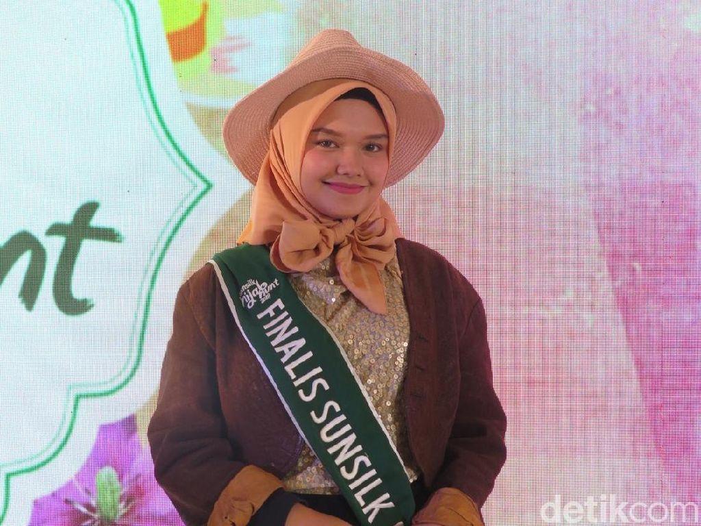 Umrah Jadi Titik Balik Finalis Sunsilk Hijab Hunt Ini Mantap Berhijab