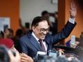 Anwar Ibrahim Jalani Operasi Tulang Belakang di Turki