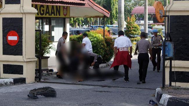 Teror Mapolda Riau, Netizen Sebut #IndonesiaDaruratTeroris