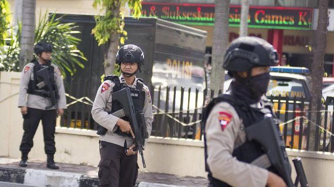 Densus Amankan Peralatan Konveksi Terduga Teroris Tangerang