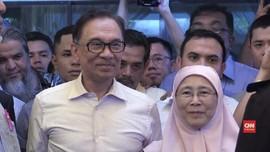 VIDEO: Anwar Ibrahim Maafkan Mahathir Mohamad
