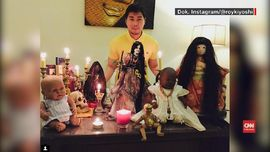 VIDEO: Roy Kiyoshi dan Koleksi Boneka Antik 'Bernyawa'