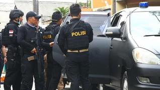 Lima Terduga Teroris Garut Diserahkan ke Densus Antiteror