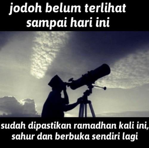 10 Meme Kocak Tapi Ngenes Ini Sindir Jomblo saat Ramadan