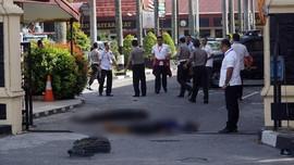 Teroris Mapolda Riau Kompak Gunakan Kaus Kaki Loreng Tentara