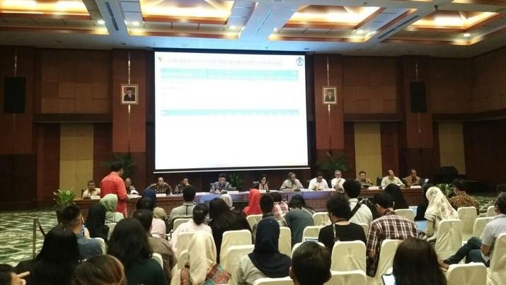 Menteri Keuangan Sri Mulyani Indrawati memaparkan realisasi kinerja APBN 2018 sampai 31 Juli 2018.