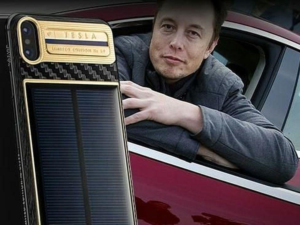 Terinspirasi dari Elon Musk, casing ini dinamai iPhone X Tesla, identik dengan salah satu perusahaan yang dipimpin pria berjuluk Iron Man itu Foto: Caviar