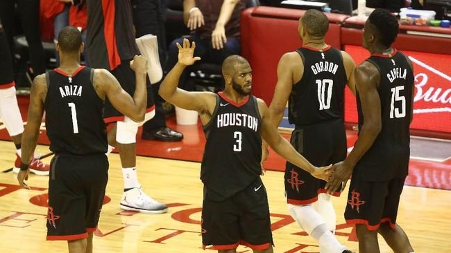 Rockets Kalahkan Warriors, Final Wilayah Barat NBA Imbang 1-1
