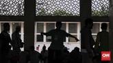 Untuk menyediakan takjil selama 30 hari, panitia Masjid Istiqlal memperkirakan dana yang harus disiapkan mencapai Rp3,5 Miliar. Dana ini berasal juga dari sumbangan masyarakat. (CNN Indonesia/Hesti Rika)