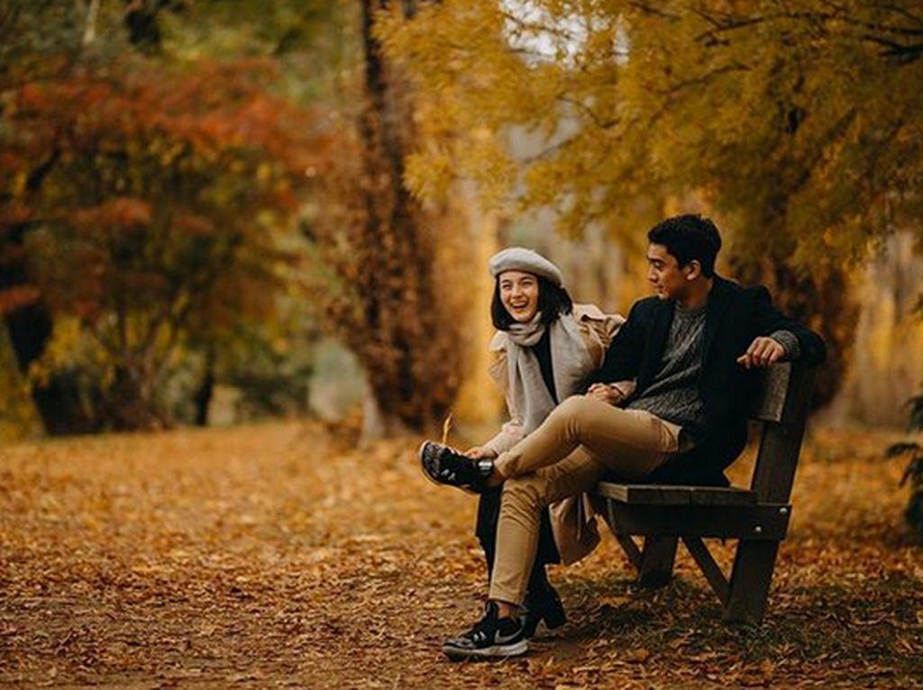Lantas benarkah ini foto prewedding Chelsea dan Daffa Wardahan? Foto: Dok. Instagram/daffawardhana