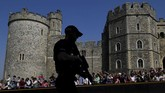 Bangunan kastel ini meliputi Kapel St George yang dibangun pada abad ke-15 Masehi. (Reuters/Toby Melville)