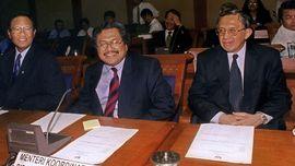 Kesaksian Anwar Nasution soal Kroni Soeharto dan Krisis Bank
