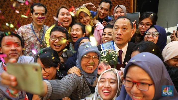 Agus Martowardojo pada hari ini, Selasa (22/5/2018) menjalani rapat kerja terakhirnya sebagai Gubernur Bank Indonesia (BI)