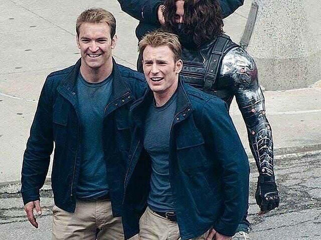 Chris Evans berperan sebagai Captain America. (Foto: Facebook)