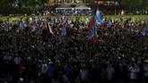 Mahathir berjanji hanya akan berkuasa selama satu dua tahun, dan membuka jalan bagi Anwar untuk kembali menjadi perdana menteri. (REUTERS/Lai Seng Sin)
