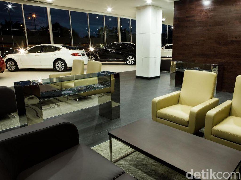 Dari data Gabungan Industri Kendaraan Bermotor Indonesia (Gaikindo), Infiniti dalam beberapa waktu ke belakang tak menjual mobil sama sekali. Bahkan, data Gaikindo tahun 2018 ini, nama Infiniti sudah tak ada lagi. Foto: Dok. detikOto