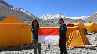 Dua Pendaki Wanita Indonesia Cetak Sejarah Baru Seven Summits