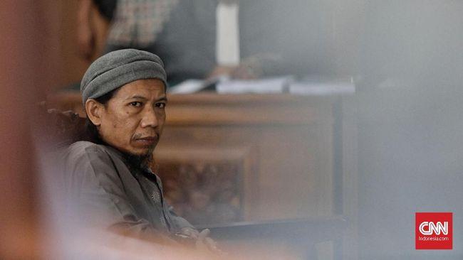 Aman Abdurrahman Bacakan Pembelaan atas Tuntutan Mati