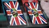Harry menjadi sorotan setelah sang kakak, Pangeran William hidup bahagia dengan Kate Middleton dan tiga orang anaknya. Publik merasa penasaran dengan kehidupan Harry, sama seperti yang mereka lakukan terhadap William. (REUTERS/Toby Melville)