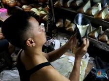Selain PHK Massal Sepatu Adidas, 300 Pabrik Rumahkan Karyawan