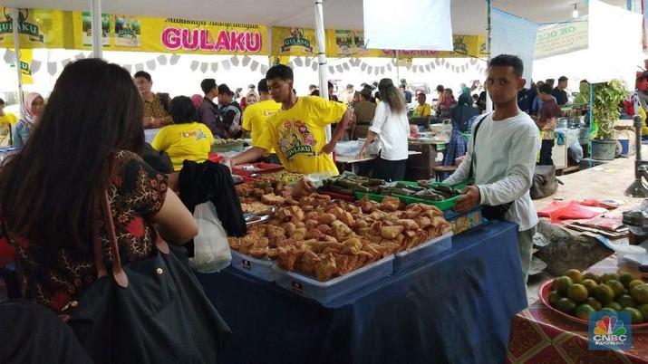 Foto: Bulan Ramadan Pedagang Takjil Raup Untung  Berlipat