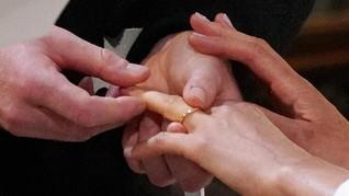 Penggugat Kecewa MK Tak Tentukan Batas Usia di UU Perkawinan