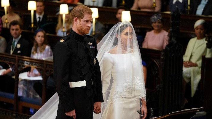 Pangeran Harry dan Meghan Markle menikah hari ini.