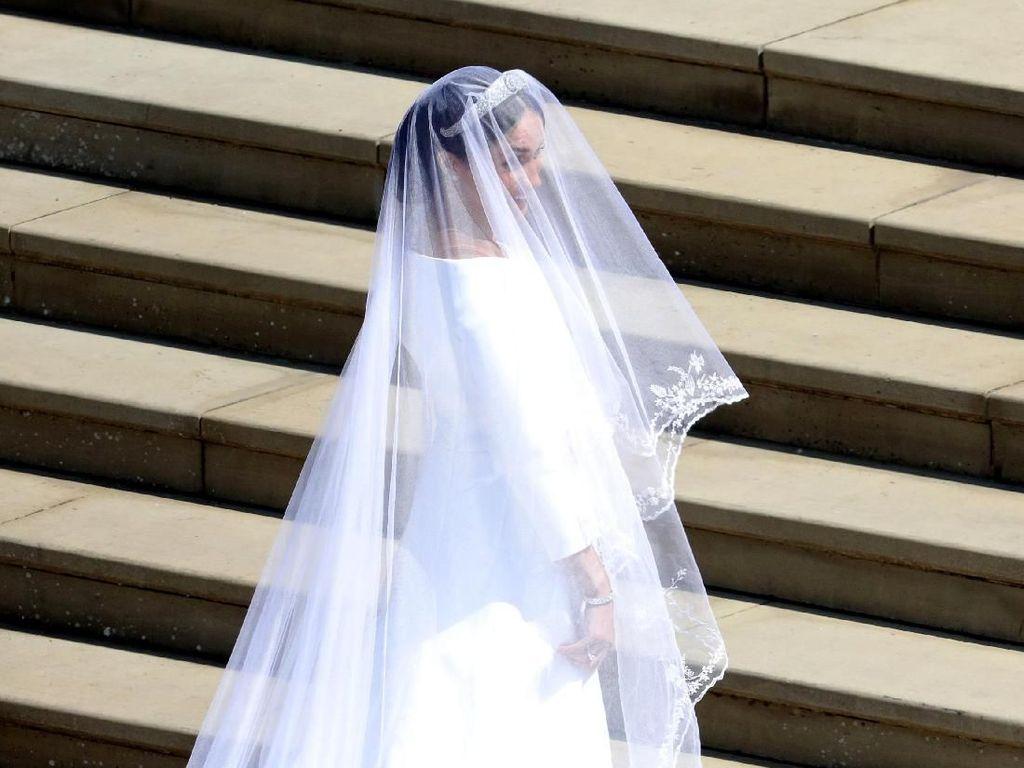 Akhirnya Terungkap, Desainer Perancang Gaun Pengantin Meghan Markle