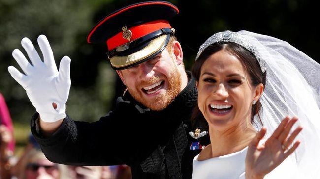 Meghan Markle Pakai Cincin Putri Diana di Resepsi Pernikahan