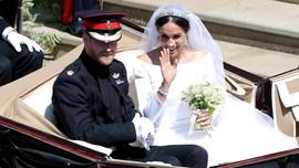 Pangeran Harry-Markle Kirim Bunga Pernikahan ke Pasien Jompo