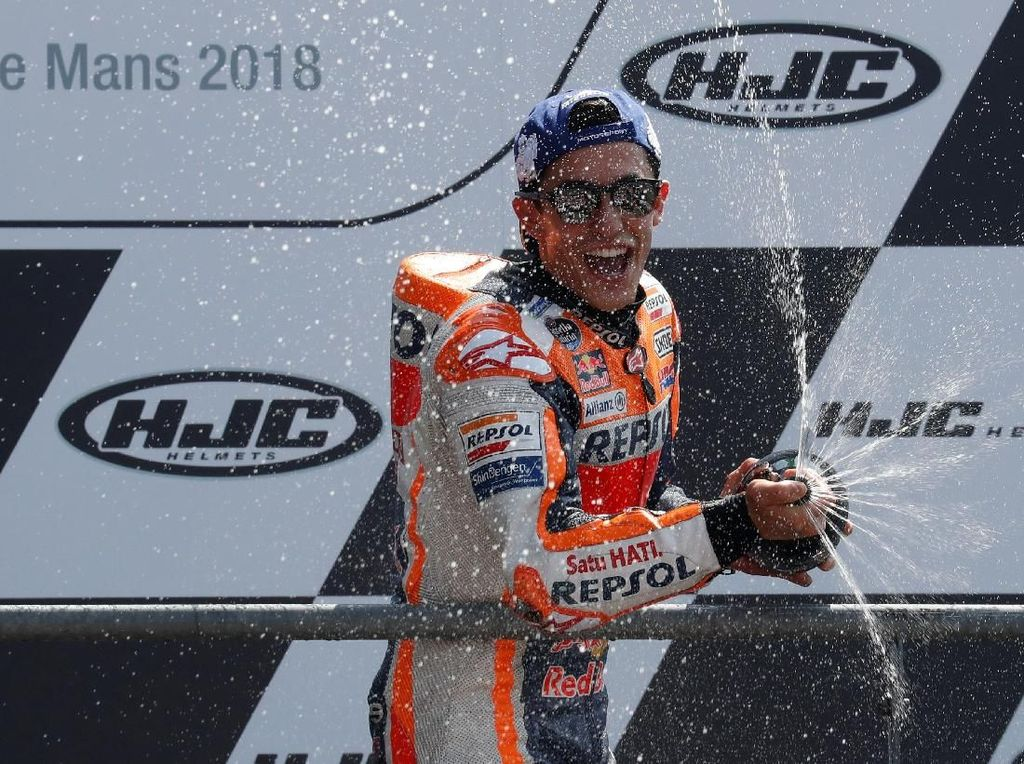 Marquez kini kian kukuh di klasemen pebalap MotoGP 2018. Dia mengumpulkan 95 poin, unggul 36 angka dari Maverick Vinales yang ada di posisi kedua. (Foto: Gonzalo Fuentes/Reuters)