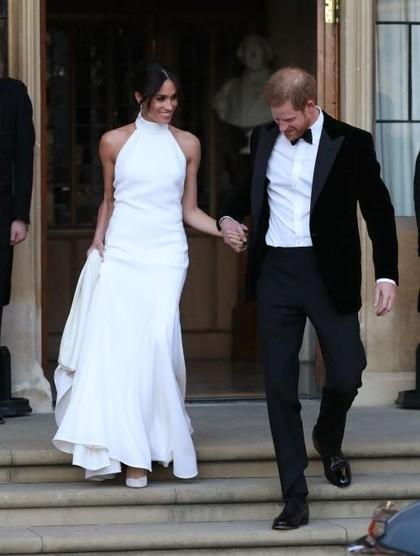 Meghan Markle Pakai Gaun Pengantin Stella McCartney di Resepsi Pernikahan