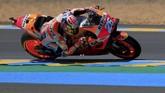 Dani Pedrosa yang berhasil meraih podium ketiga di MotoGP Prancis musim lalu akan start di belakang Valentino Rossi. (REUTERS/Gonzalo Fuentes)