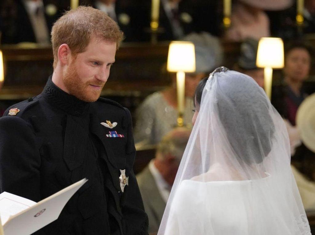 Berjenggot Saat Nikah, Pangeran Harry Dobrak Tradisi Royal Wedding