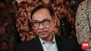 Kurang Bukti, Kasus Pencabulan Anwar Ibrahim Dihentikan