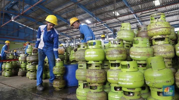 Menteri Jonan mengatakan untuk mengatasi tingginya impor LPG sebenarnya bisa dengan memanfaatkan program jaringan gas dan pengembangan DME