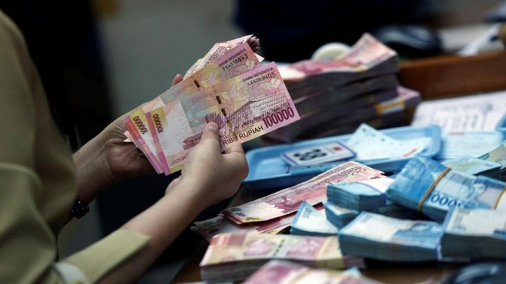 Pukul 14:00 WIB: Rupiah Melemah ke Rp 14.075/US$