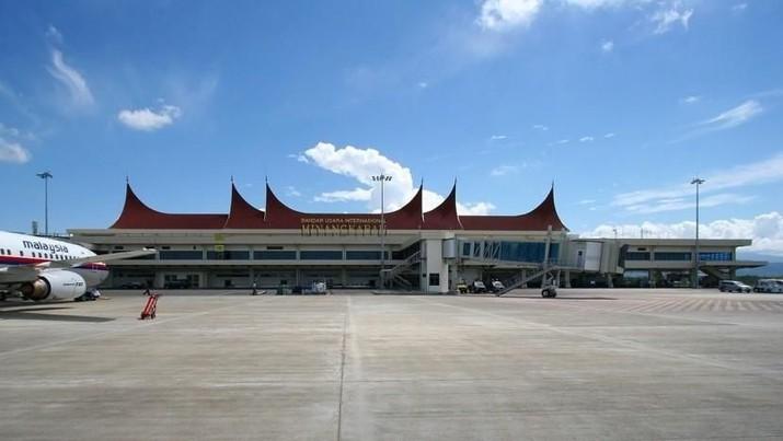 Jokowi Targetkan Perluasan Bandara Minangkabau Tuntas 2019