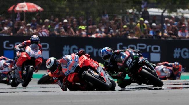Balapan MotoGP Prancis 2018 berlangsung menarik setelah Jorge Lorenzo berhasil menyodok ke posisi terdepan setelah start dari posisi enam. (REUTERS/Gonzalo Fuentes)