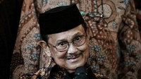 BJ Habibie: Hindari Tindakan yang Mempertajam Polarisasi
