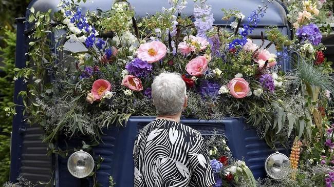 Pameran bunga ini telah digelar sejak tahun 1913. (REUTERS/Toby Melville)