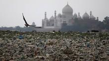 Keindahan Taj Mahal Ternodai Polusi dan Sampah